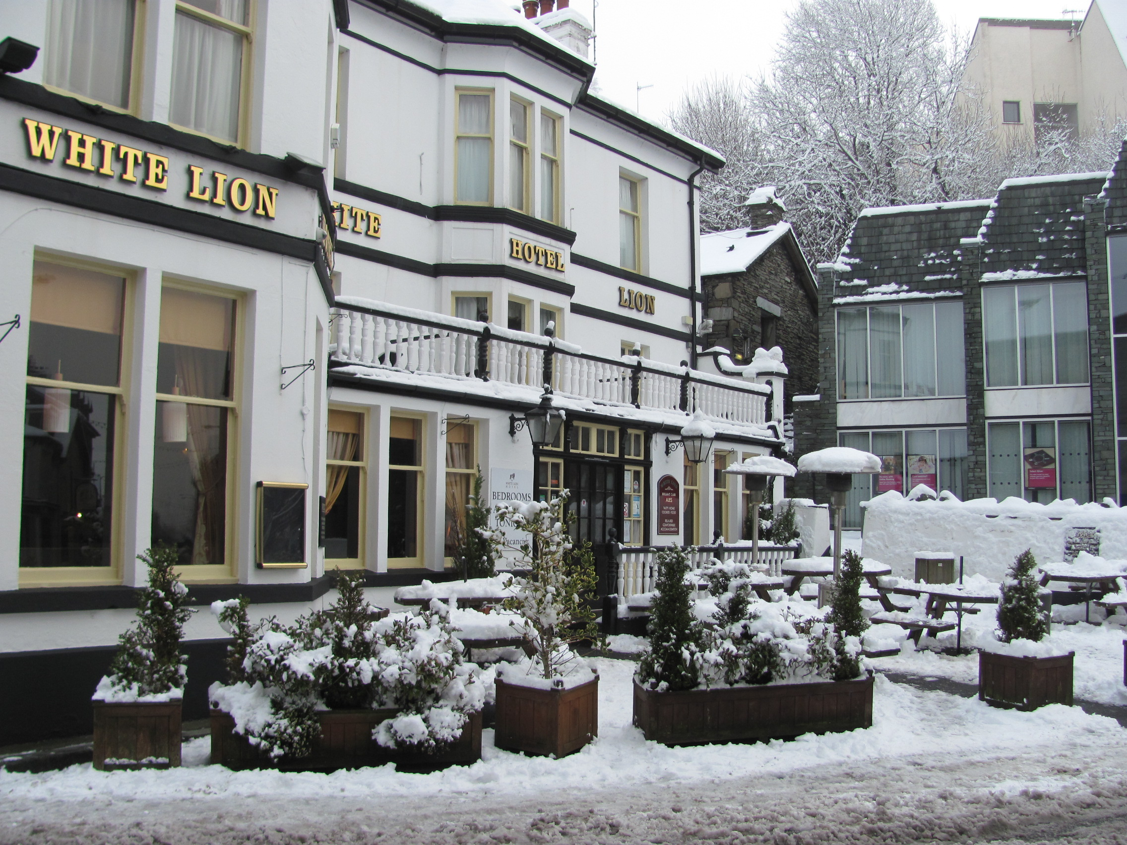 Snowy Ambleside Village Walk